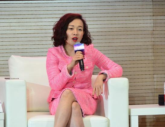王宏霞 私募股权及并购基金专委会委员、宏瓴资本创始合伙人