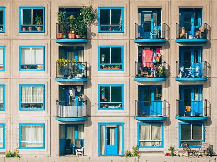 越来越多人经营起民宿,多家在线旅游平台开拓了民宿业务版图,相关经营乱象也不断涌现。
